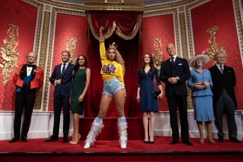 'BOW DOWN' AS QUEEN BEY STEALS THE CROWN AT MADAME TUSSAUDS LONDON header image